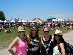 The girls at Bonnaroo