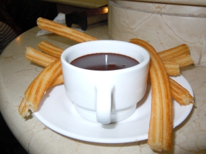Churros y chocolate at Chocolateria San Gines