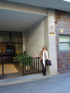 In front of my old apartment building at Fuenterrabia 6