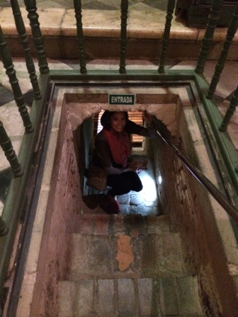 Descending into the crypt area
