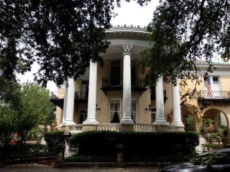 Beautiful homes in Savannah
