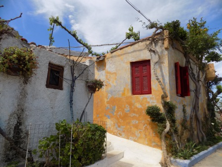 The beautiful homes in Plaka are reminiscent of the Greek Islands