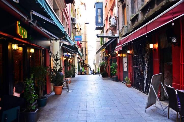 Photo via ficcin.com