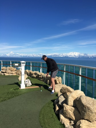 Mini-golf with a view