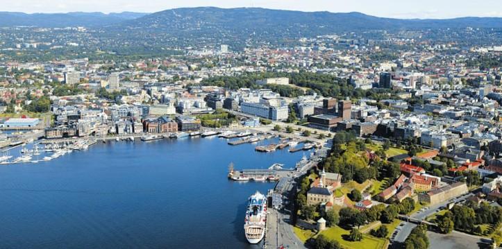 byen-og-fjorden_FWFoto